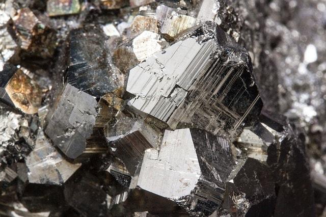 Järn bundet i mineralet pyrit